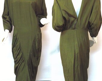 Green Ashlee California V Pleated Evening Dress Vintage 1980s Open Back Dress - Size 12 - FREE Domestic Shipping