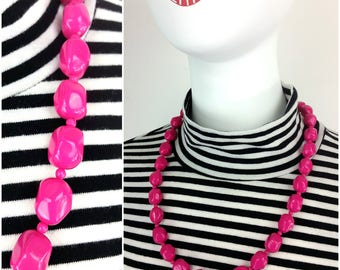 Cute Vintage Magenta Pink Beaded Necklace - Fun & Playful Vibe!