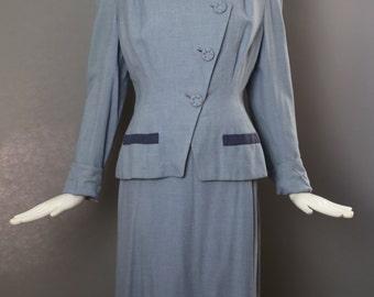 40s WWII era powder blue stylish pin up skirt SUIT blazer vintage 1940s size 6