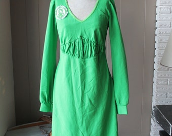70s Finnish Empire Dress Lime Green Ivana Helsinki Designer Mid Century long sleeved Dress with Finland Pin Helsinki Friendship Club