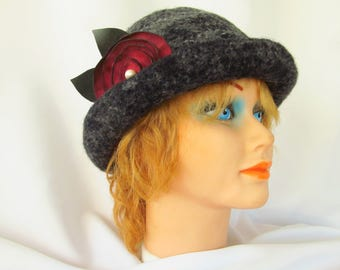 Gray Knitted and Fulled Wool Hat with Leather Flower Pin