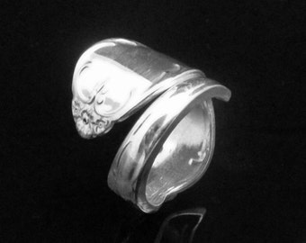 Decorative Spoon Ring, Camelot aka Melody 1964, Spoon Ring Flower