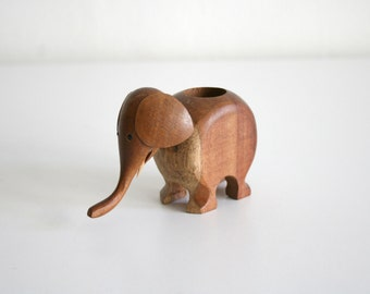 Small Wooden Elephant Toothpick Holder