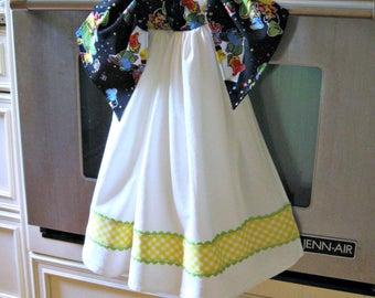 Tie On Dish/Kitchen flour sack towel-Recipe for Happiness-teacher, housewarming, hostess gift-farmhouse kitchen decor