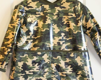 LAST ONE Extra Long Kids Long Sleeved Art Smock Waterproof Apron in Camouflage