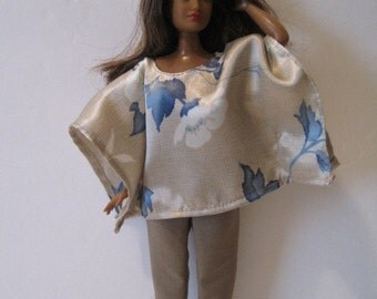 CURVY BARBIE Beige With Blue Flowers Caftan Outfit