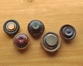 Wood and Plastic Stacked Button Magnets, 5 Magnets with Natural Color Vintage Buttons, for Magnet Boards and Refrigerators