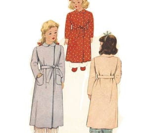 1940s Little Girls Robe Pattern, Peterpan Collar, Double Breasted, Size 2, Mccall 5238, Vintage Sewing Pattern