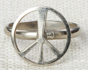 Vintage Peace Sign Ring Adjustable Silver Tone Metal Hippie Retro 70s 90s Hippy Womens 16R