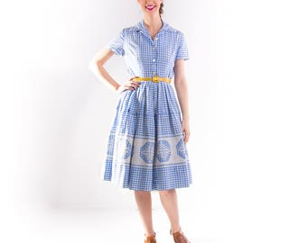 1950's Gingham Cotton Day Dress/ 50's Picnic Dress Shirtwaist Embroidered Full Skirt