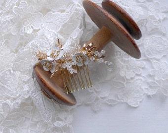 Charming Blossom Hair Comb
