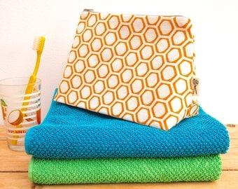 Wash Bag Honeycomb Print