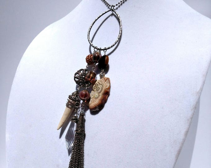 Treasure Tassel Necklace - Agate with Brown and White