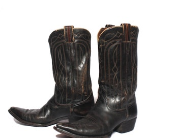 SALE 9 D | 1960's Nocona Pointed Toe Western Boots in Dark Brown