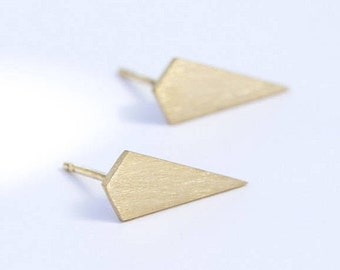 Small Triangle Stud Earrings, Triangle Earrings, Gold Geometric Earrings, Gift, geometric earrings, minimalist earrings, tiny triangle studs