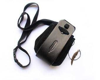 Medicine Pouch Raven Feather Black Suede Real Leather amulet neck bag purse boho