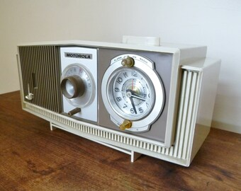 Mid-Century Modern Motorola AM Tube Radio and Alarm Clock
