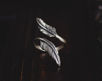 Sterling Silver Feather Ring-Index Finger Ring-Feather Wrap Ring-Bohemian Ring-Adjustable Double Feather Ring-Gypsy Rings-Bohemian Jewellery