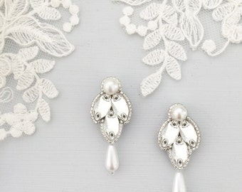 Pearl & crystal wedding drop earrings, Pearl drop bridal earrings