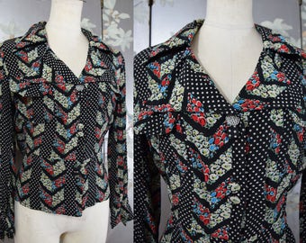 RESERVED on layaway.... 1930s - 1940s Pristine black floral novelty blouse and SPARKLING celluloid rhinestone accent button