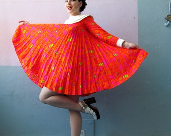 Vtg 60s Mini Accordian Pleated Psychedelic Dress / Mod Mini