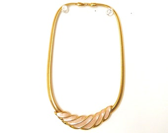 Retro Gold Tone Choker Band Chain Flat