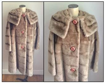 Vintage 1950s 60s Misses' Faux Fur Funnel Neck Coat 14 16 18 1X
