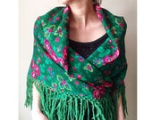 Vintage Floral Shawl/ Tradtional Russian Shawl