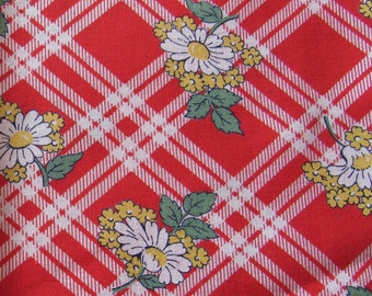 vintage FULL feed sack fabric -- daisies on red plaid floral print