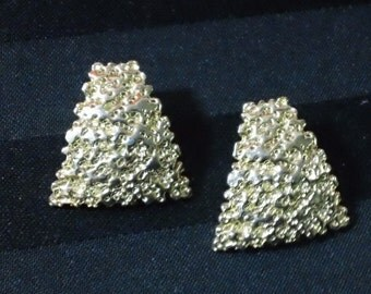 Vintage Gold Tone Abstract Textured Geometric Trapezoid Post Earrings ~ Retro Glamour Costume Jewelry
