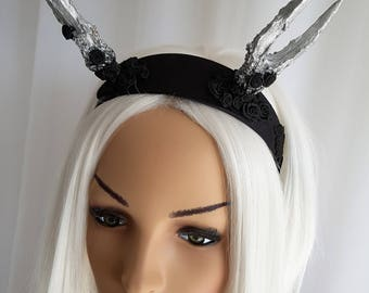 SPECIAL OFFER, Horned Headpiece Headdress Headband Horns Antler Black & Silver Gothic Halloween Medieval