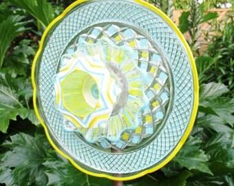 Glass Plate Flower Art in Turquoise, Yellow & White - Garden Sculpture - Outdoor Decor - Garden Gift - Birthday Gift - Glass Art