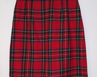 60's TARTAN PLAID SKIRT // 100% Wool Red Holiday Skirt Size Small Boston Massachusetts