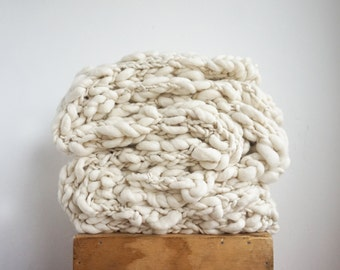 Chunky Knit blanket throw, Heavy cozy wool lap blanket, Knitted bed decor living room