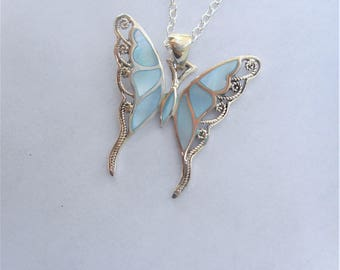 Butterfly necklace, blue butterfly necklace, blue pearl necklace,mother of pearl pendant, MOP butterfly pendant, gift ideas,pearl necklaces