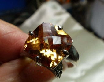Sterling Silver Orange Fantasy cut ring sz 6.5 -7.3 grms - SM 1647