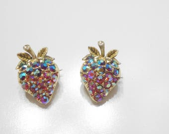 Two Vintage Red & Blue Aurora Borealis Rhinestone Strawberry Scatter Pins (8363)