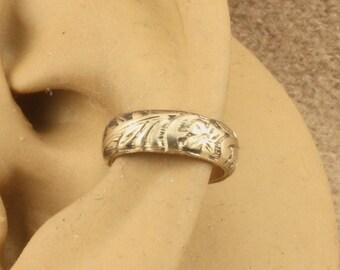 Gold Filled Cartilage Cuff - Ear Cuff - Ear Wrap - Ear Band - Non Pierced - Cartilage Earring - Gift Under 15 - Floral Design