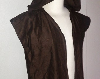 L Surcoat with Hood in Brown Linen