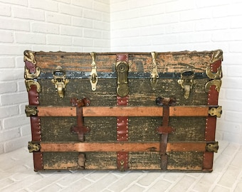 Antique Steamer Trunk with Tray Blanket Chest Storage