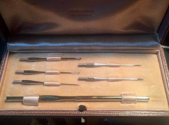 ANTIQUE 1920s..Shreve And Co. Solid 14K Gold And Stainless Steel, Crochet Hook Needle Kit/Set...Mint!