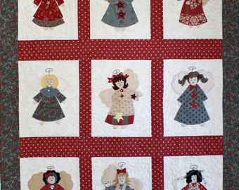 Quilted Wall Hanging, Small Christmas Quilt, Quilted Table Topper. Angel Quilt, Appliqued Angel quilt