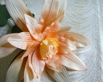 Large Vintage Lotus Apricot Peach Silk Flower Water Lily with Leaves for Hats Fascinators Floral Arrangements