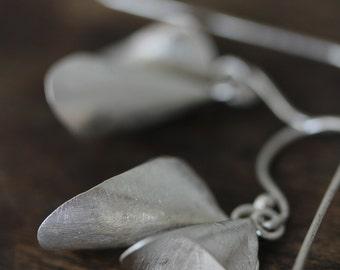 Calla lily flower handmade silver earrings (E0185)