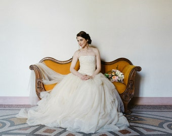champagne wedding dress in tulle and lace beige strapless wedding dress lace and tulle