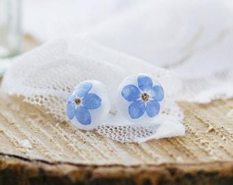 Forget me Nots Earrings , Real Flower Earrings , Something Blue , Floral Jewelry , Pressed Flower Earrings , Nature Jewelry , Resin Earrings
