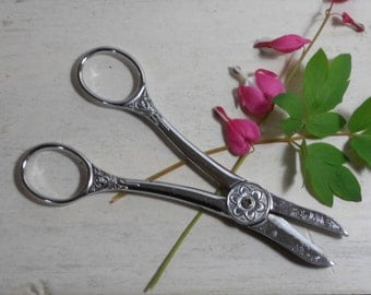 Vintage Wiss Flower Shears - Scissors - Original Box