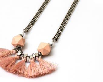 Light pink peachtassels necklace, rose quartz pink fan necklace, light pink fringe necklace, modern tribal fringe, nulika