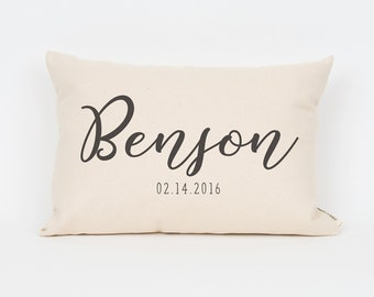 Last Name & Date Pillow, Wedding Gift, Custom Pillow, Personalized Wedding Gift, Family Pillow, Calligraphy, Wedding Gift for Couple