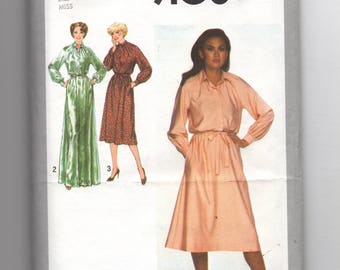 9108 Simplicity Sewing Pattern Dress Choice Collar Size 16 38B Vintage 1970s
